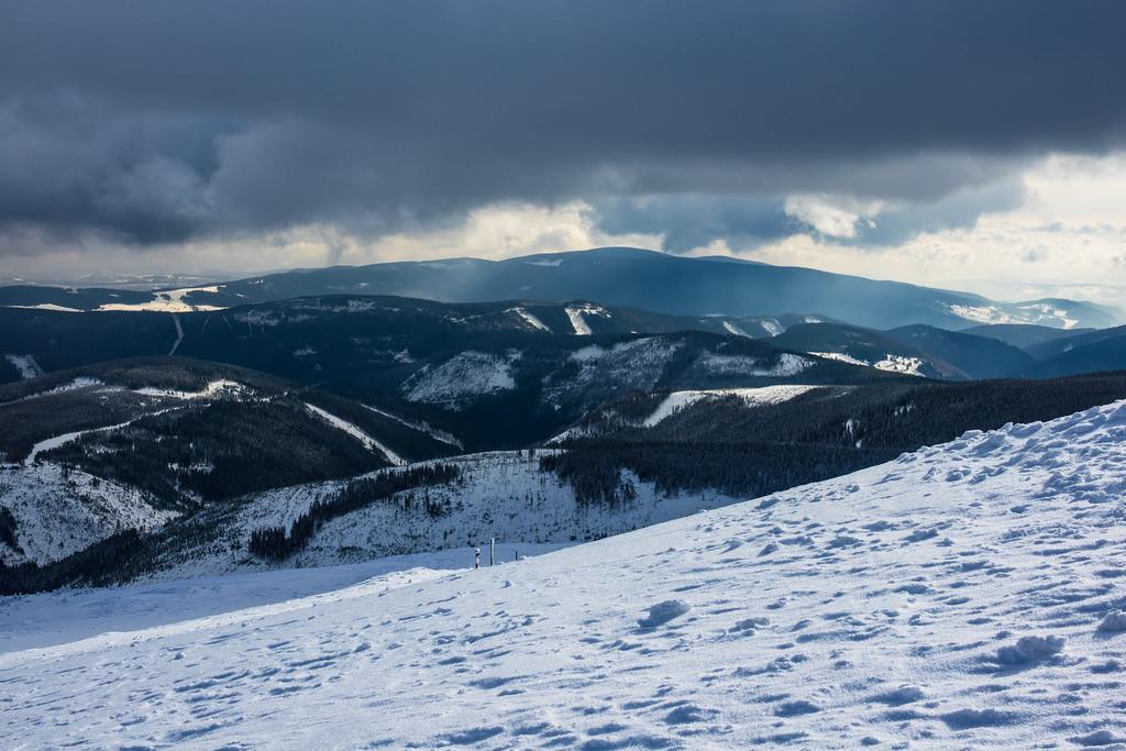 rk_05112 | Blick von der Schneekoppe im Riesengebirge in Tschechien.