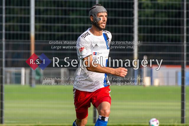 Fußball, Herren, Testspiel, Hamburger SV - FC Midtjylland, HSV-Trainingsplatz am Volksparkstadion, 20.08.2020 | Klaus Gjasula (#20, HSV)