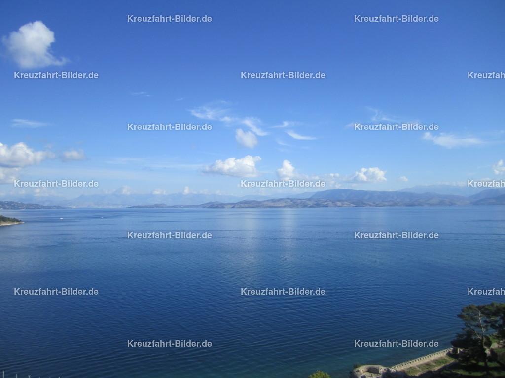 Korfu III | Blick von der alten venezianischen Festung auf Korfu in Richtung Meer