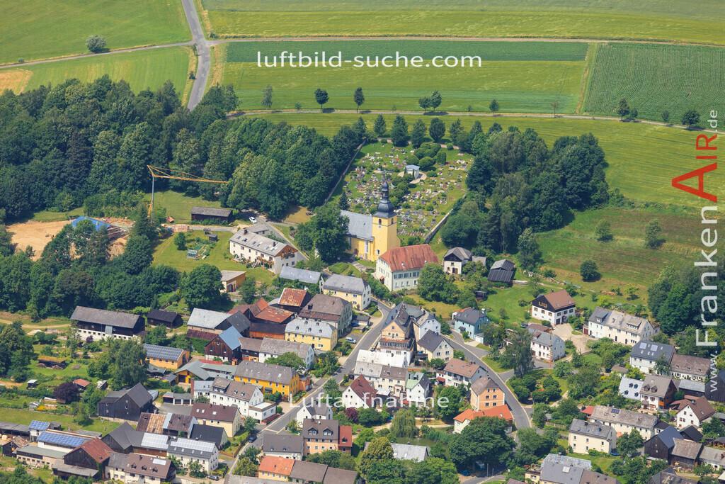 schoenbrunn-wunsiedel-2016-244 | Luftbild von Schoenbrunn Wunsiedel - Luftaufnahme wurde 2016 von https://frankenair.de mittels Flugzeug (keine Drohne) erstellt - die Geschenkidee
