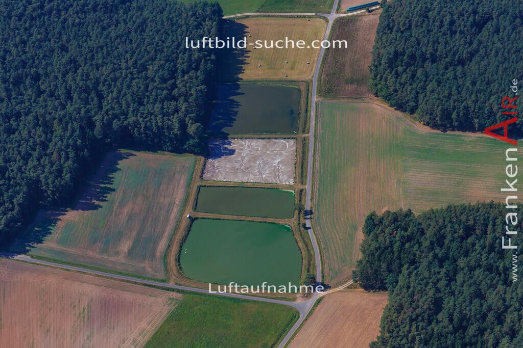 vestenbergsgreuth-2016-5670   Luftbild von  Vestenbergsgreuth - Luftaufnahme wurde 2016 von https://frankenair.de mittels Flugzeug (keine Drohne) erstellt - die Geschenkidee