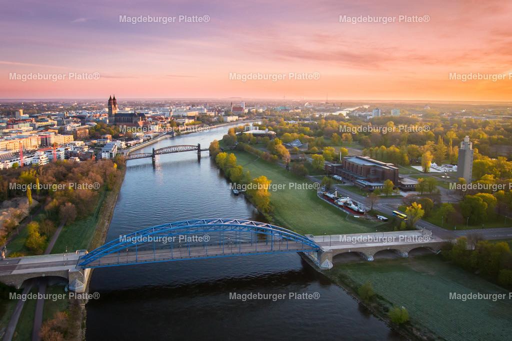 Magdeburg Sternbrücke Morgendämmerung-1700