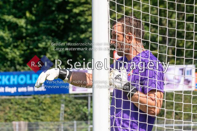 Fußball, Herren, LOTTO-Pokal Halbfinale, FC Eintracht Norderstedt - Altona 93, Edmund-Plambeck-Stadion, 16.08.2020 | Tobias Braun (#1, AFC, Torwart)
