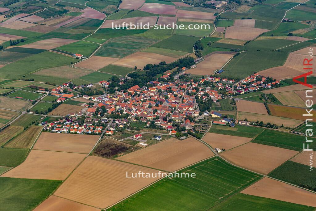 weigenheim-19-759   aktuelles Luftbild von  Weigenheim - Luftaufnahme wurde 2019 von https://frankenair.de mittels Flugzeug (keine Drohne) erstellt.
