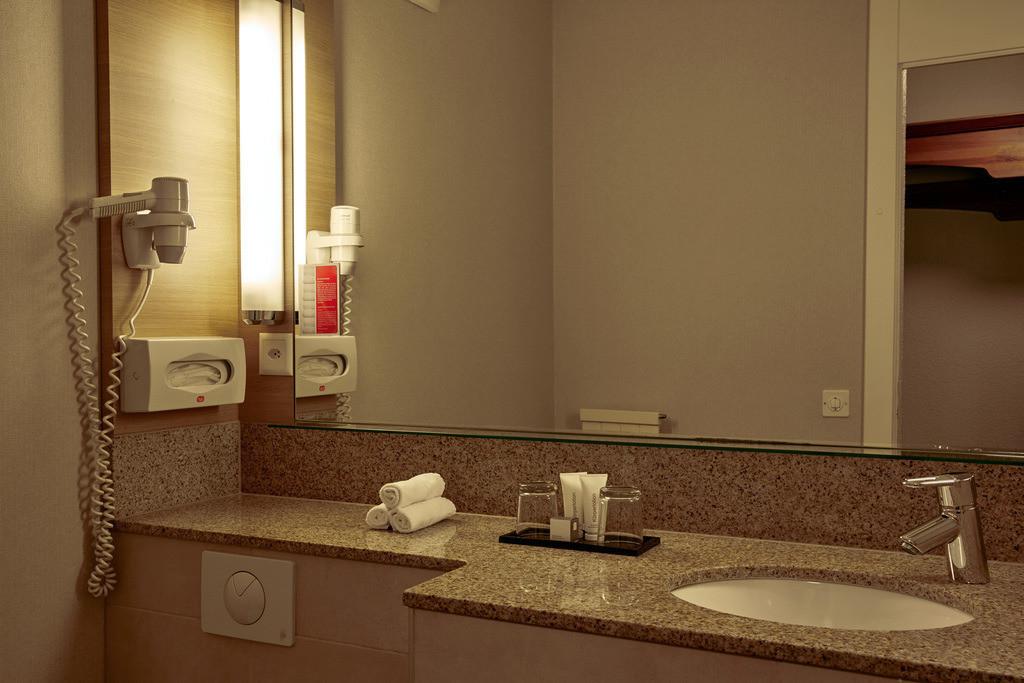 bad-komfort-02-hplus-hotel-engelberg