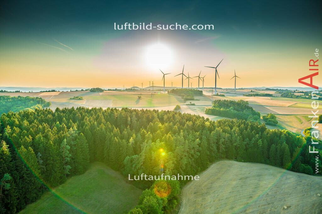 windpark-mainleus-18-665 | aktuelles Luftbild von Windpark Mainleus - Luftaufnahme wurde 2018 von https://frankenair.de mittels Flugzeug (keine Drohne) erstellt.