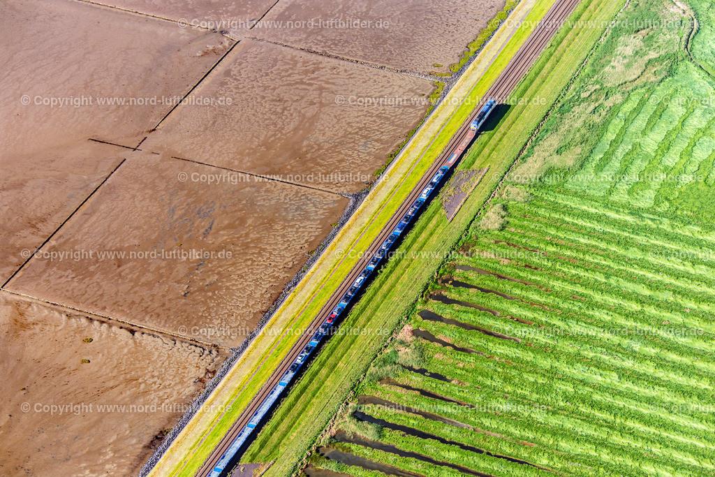 Sylt Hindenburgdamm_Zug_ELS_4460100617 | Sylt Hindenburgdamm - Aufnahmedatum: 10.06.2017, Aufnahmehöhe: 482 m, Koordinaten: N54°52.881' - E8°29.664', Bildgröße: 7360 x  4912 Pixel - Copyright 2017 by Martin Elsen, Kontakt: Tel.: +49 157 74581206, E-Mail: info@schoenes-foto.de  Schlagwörter:Schleswig-Holstein,,Luftbild, Luftaufnahme, Luftaufnahmen, Luftbilder