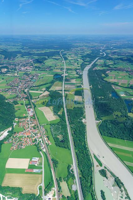 luftbild-inntal-nussdorf-brannenburg-bruno-kapeller-14 | Luftaufnahme vom bayrischen Inntal zwischen Heuberg und Wendelstein an der Grenze zu Tirol.
