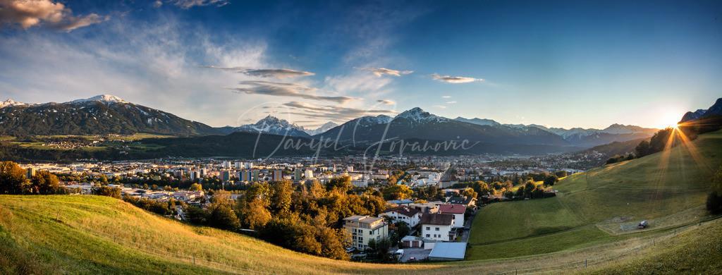 Innsbruck Panorama | Sonnenuntergang in Innsbruck mit dem ersten Schnee im September