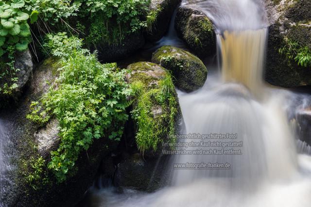Wasserfall   Wasserfall in Langzeitbelichtung