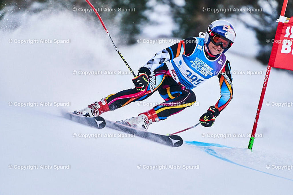 ALS5655_WWMG_GS-II_C | (C) FotoLois.com, Alois Spandl, WinterWorldMastersGames 2020 Innsbruck, Giant Slalom-II Gruppe C Damen, Patscherkofel Olympiaabfahrt, Mi 15. Jänner 2020.