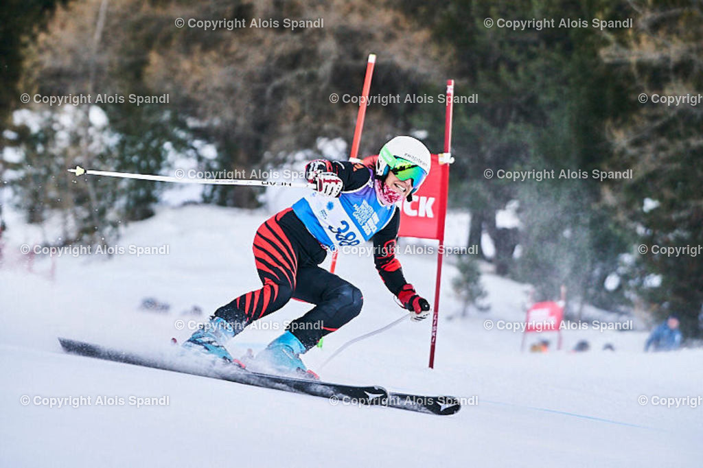 ALS5619_WWMG_GS-II_C | (C) FotoLois.com, Alois Spandl, WinterWorldMastersGames 2020 Innsbruck, Giant Slalom-II Gruppe C Damen, Patscherkofel Olympiaabfahrt, Mi 15. Jänner 2020.