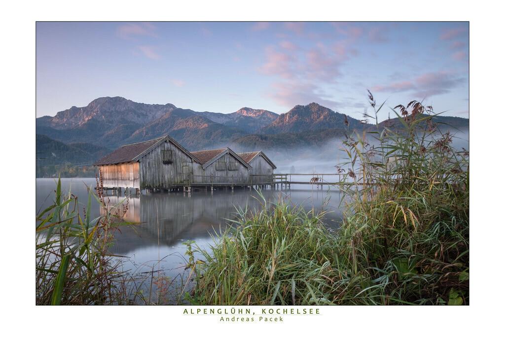 Alpenglühn, Kochelsee | Die Serie 'Deutschlands Landschaften' zeigt die schönsten und wildesten deutschen Landschaften.