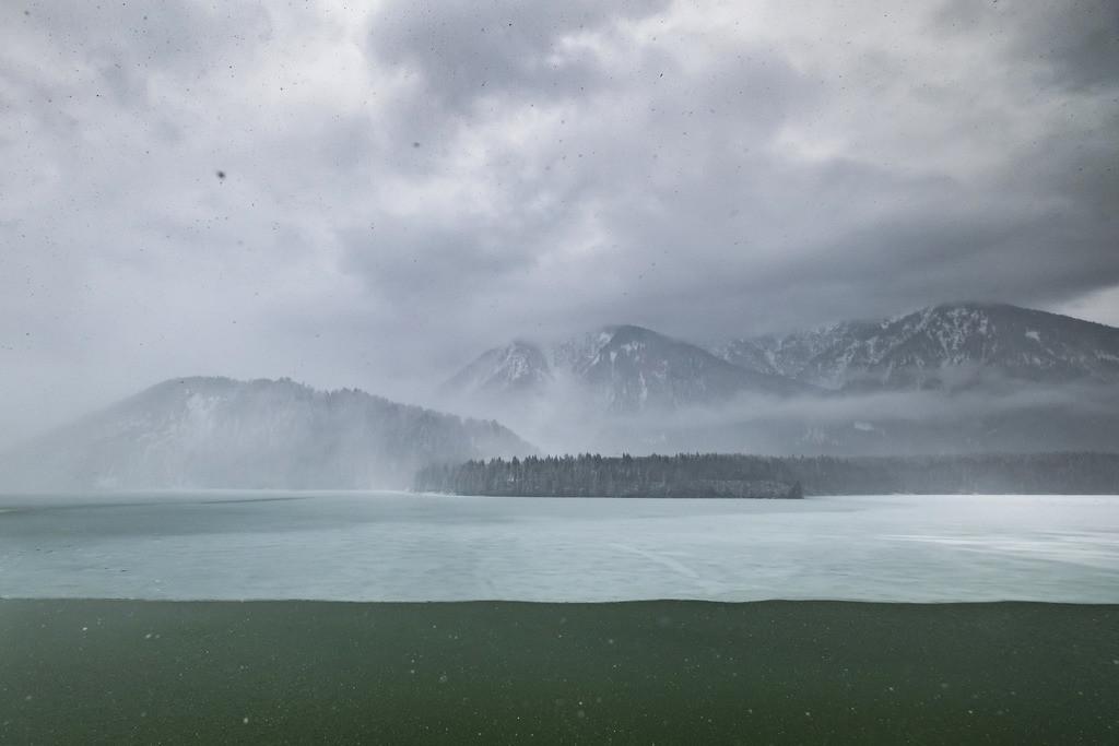 Wintersturm, Sylvensteinstausee | Die Serie 'Deutschlands Landschaften' zeigt die schönsten und wildesten deutschen Landschaften.