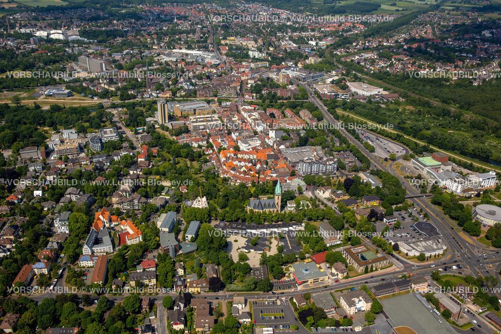 Luenen15064076 | Blick auf den Stadtkern von Lünen mit dem Umbau des Hertie-Hauses, Lünen, Ruhrgebiet, Nordrhein-Westfalen, Deutschland