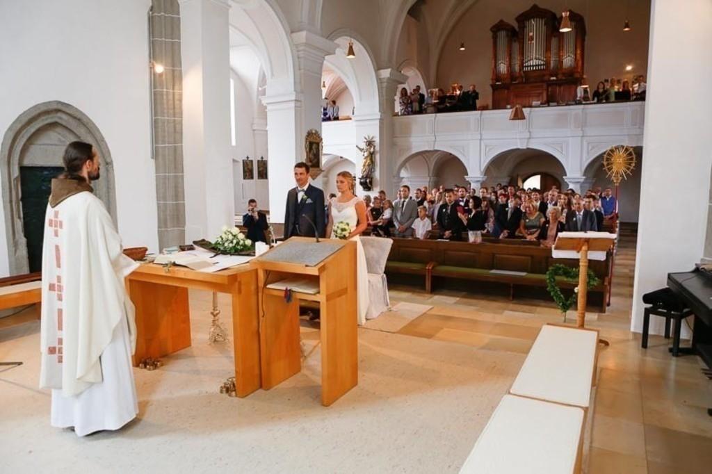Carina_Florian zu Hause_Kirche WeSt-photographs01166