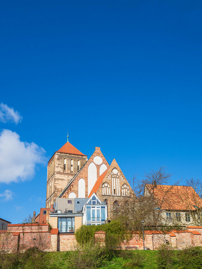 Blick auf die Nikolaikirche in der Hansestadt Rostock | Blick auf die Nikolaikirche in der Hansestadt Rostock.