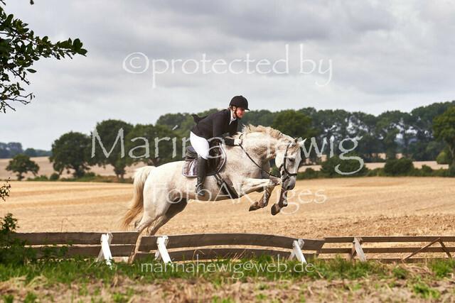 Jagd Knoop 217275_Marina Hewig