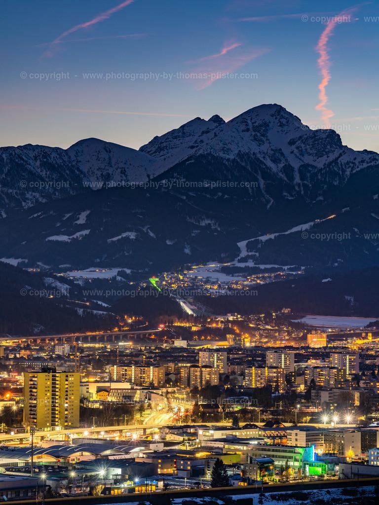 Innsbruck Blaue Stunde im Winter-2
