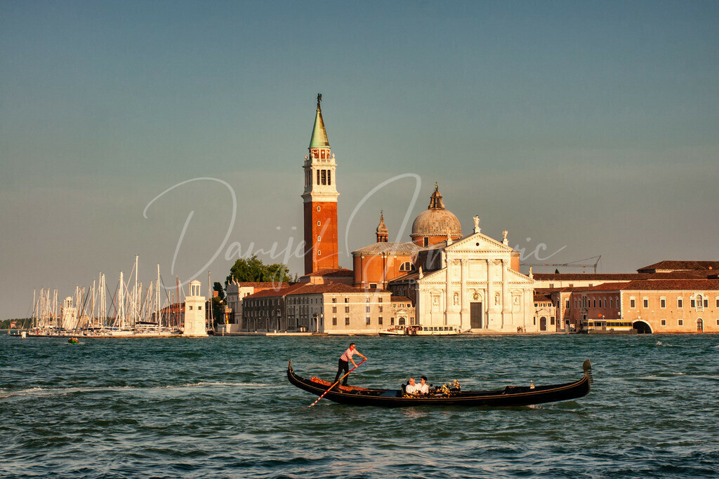 Venedig | Gondel mit San Giorgio im Hintergrund
