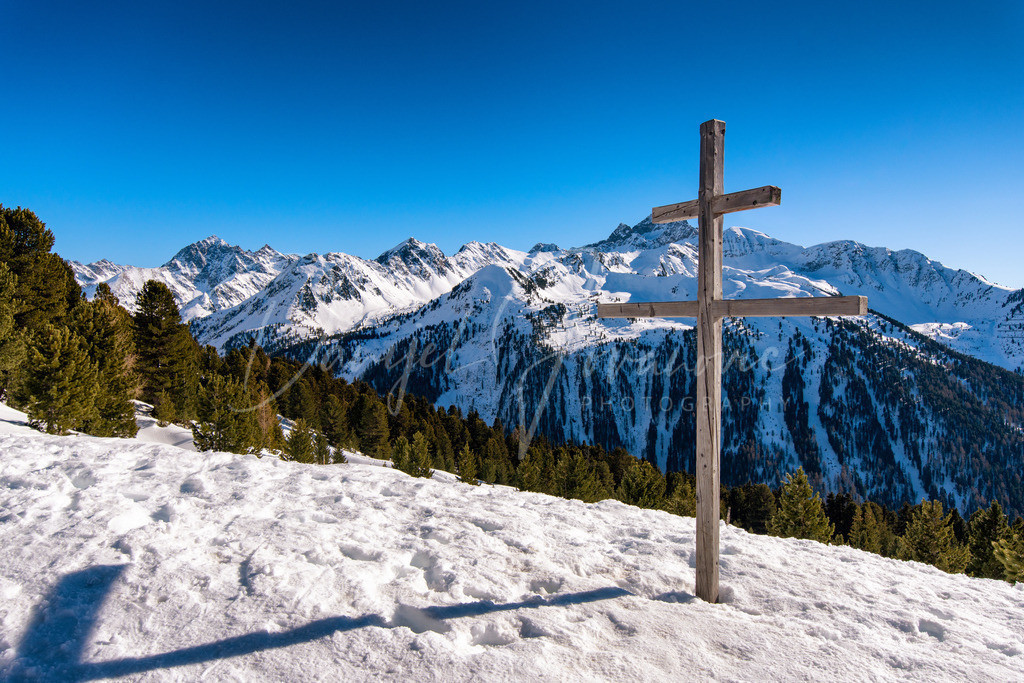 Winter in Tirol | Blick auf die Stubaier und Ötztaler Berge
