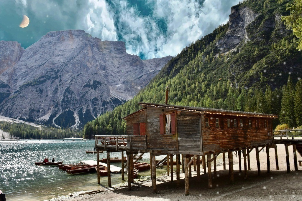 Lago di Braies / Pragser Wildsee   Perle der Dolomiten
