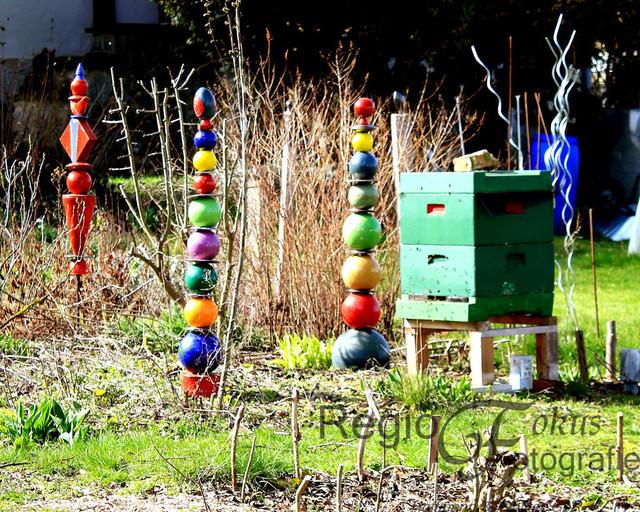 Frühlingssonne mit Bienen | ein idyllischer Garten in Sibbesse