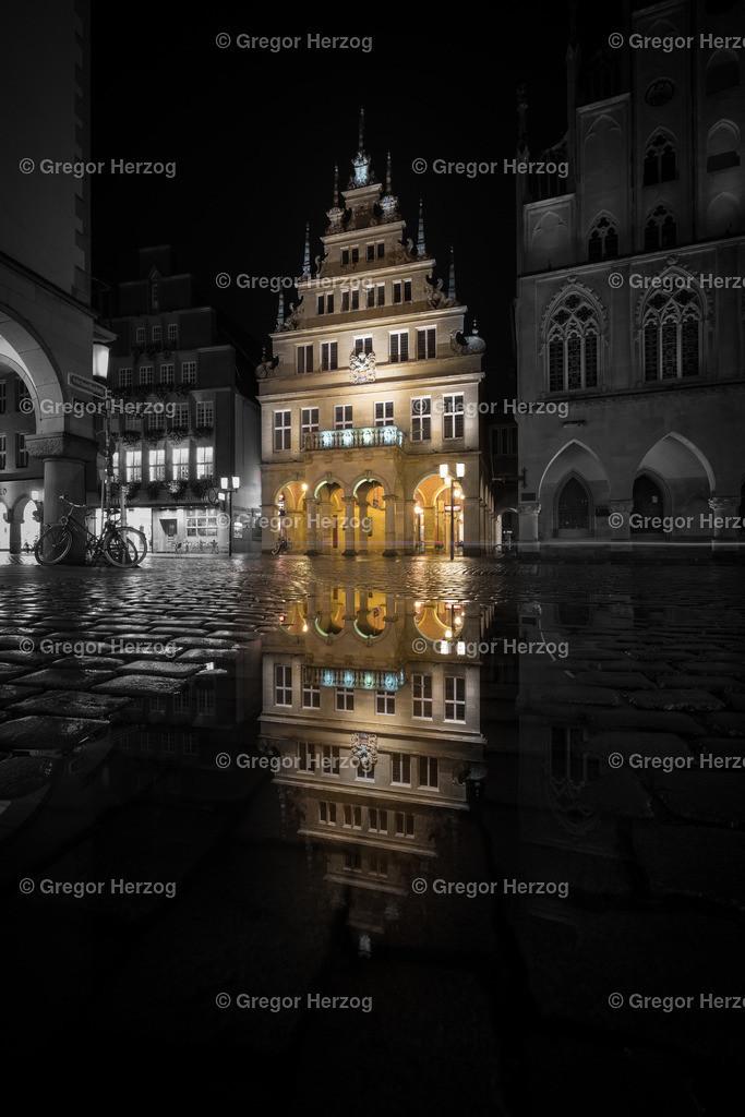 Münster strahlt | Spiegelung ,Schwarzweiß Bunt Münster