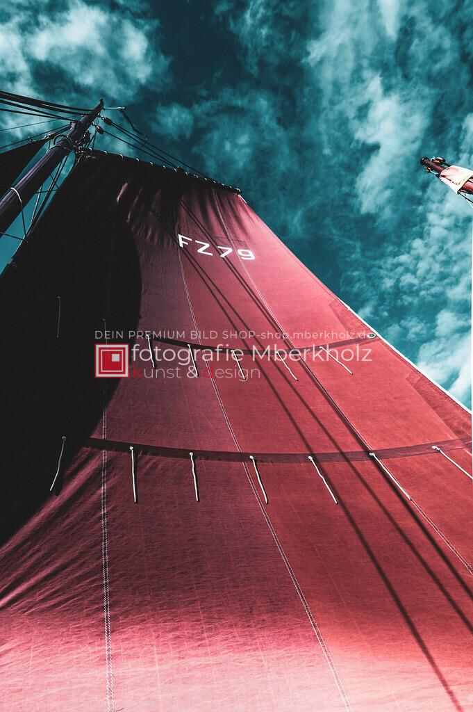 @Marko_Berkholz_mberkholz_MBE6820 | Die Bildergalerie Zeesenboot | Maritim | Segel des Warnemünder Fotografen Marko Berkholz zeigt maritime Aufnahmen historischer Segelschiffe, Details, Spiegelungen und Reflexionen.