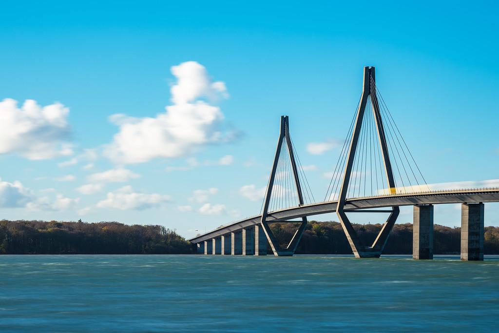 Eine Brücke zwischen Seeland und Falster in Dänemark | Eine Brücke zwischen Seeland und Falster in Dänemark.