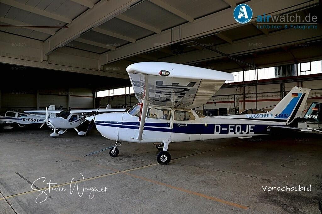 Flughafen Husum, Flugschule Husum, Cessna 172 | Flughafen Husum, Flugschule Husum, Cessna 172 • max. 6240 x 4160 pix