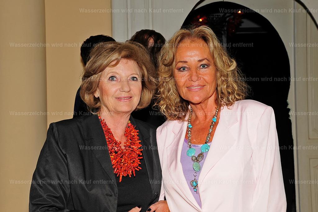 Margie Hagenbeck & Hella Brice | Margie Hagenbeck & Hella Brice