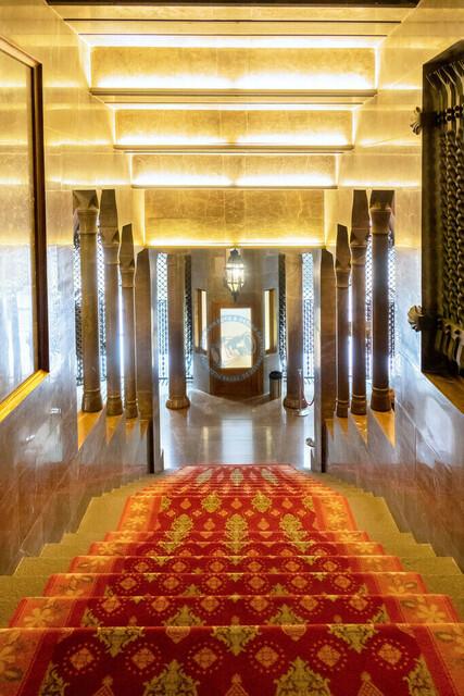 Barcelona Palau Güell Detailaufnahme Architektur Treppe und Eingang | ESP, Spanien, Barcelona, 18.01.2018, Barcelona Palau Güell Detailaufnahme Architektur Treppe und Eingang [2018 Jahr Christoph Hermann]