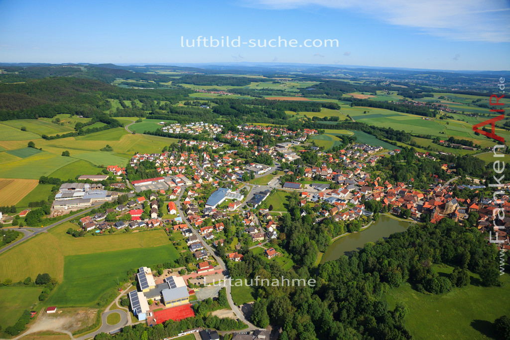 luftbild-thurnau-2014-2960   Luftbild von  Thurnau - Luftaufnahme wurde 2014 von https://frankenair.de mittels Flugzeug (keine Drohne) erstellt - die Geschenkidee