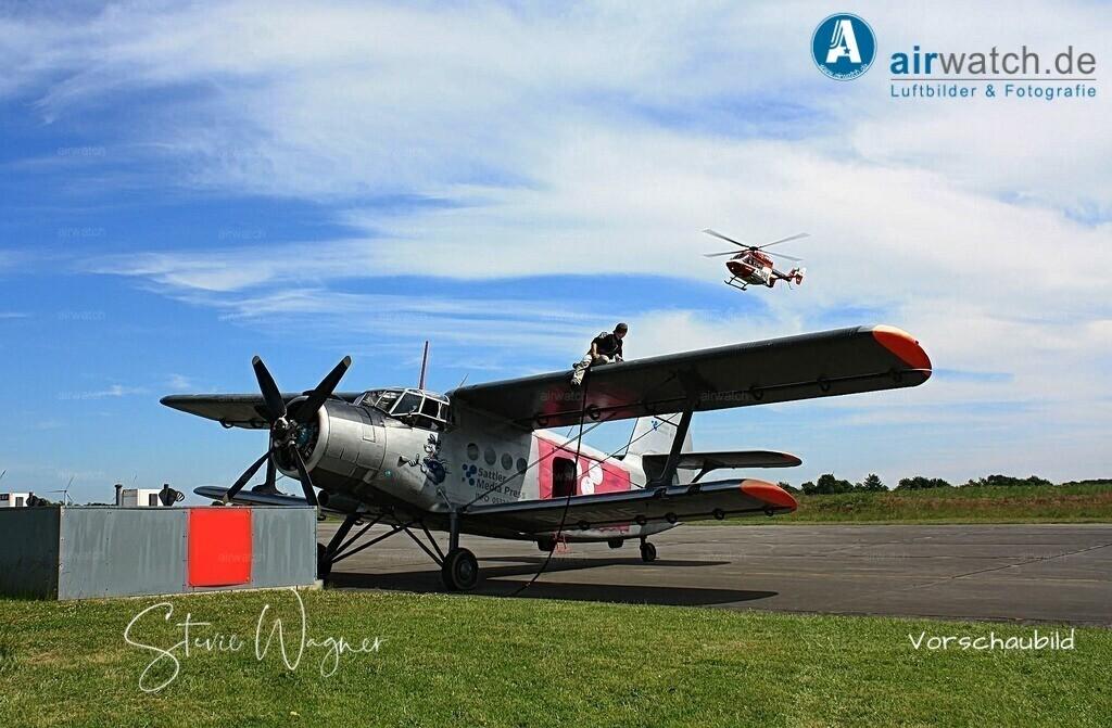 Flughafen Husum, Service-Team, Antonow AN-2   Flughafen Husum, Service-Team, Antonow AN-2 • max. 4272 x 2848 pix