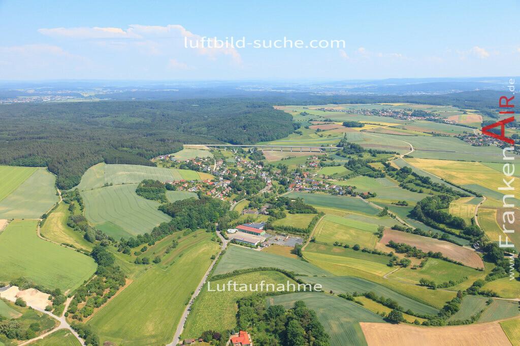 meschenbach-untersiemau-2015-4778 | Luftbild von Meschenbach Untersiemau - Luftaufnahme wurde 2015 von https://frankenair.de mittels Flugzeug (keine Drohne) erstellt - die Geschenkidee
