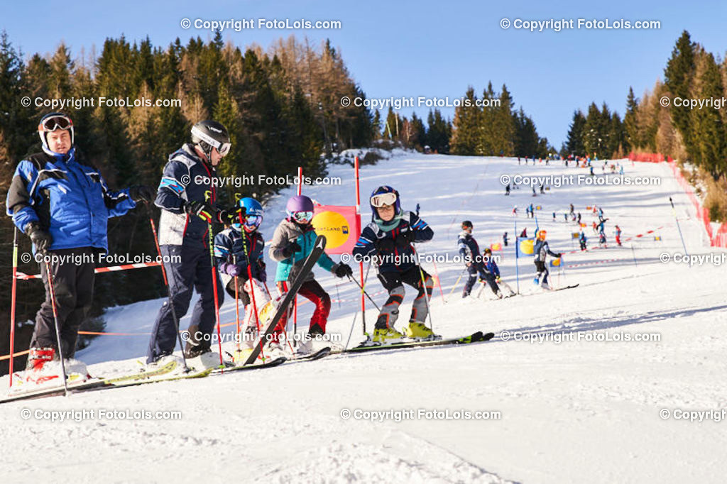 0036_KinderLM-RTL_Trattenbach_Besichtigung | (C) FotoLois.com, Alois Spandl, NÖ Landesmeisterschaft KINDER in Trattenbach am Feistritzsattel Skilift Dissauer, Sa 15. Februar 2020.