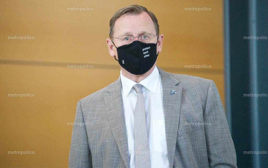 Bodo Ramelow protect each other am 17. Juli 2020 im Thüringer Landtag (5)
