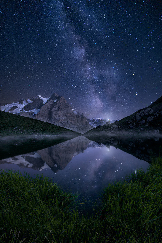 Aura | The Milky Way rising in the swiss alps.