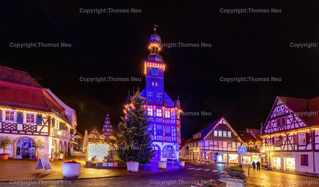DSC_4176   ble,Lorsch, blaues Weihnachtswunder, Innenstadt, ,, Bild: Thomas Neu