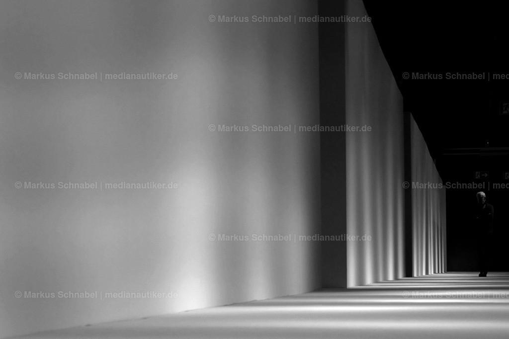 Cologne Fineart | Klar ist, der Mensch verträgt Struktur. Und wieviel Mensch verträgt die Struktur?
