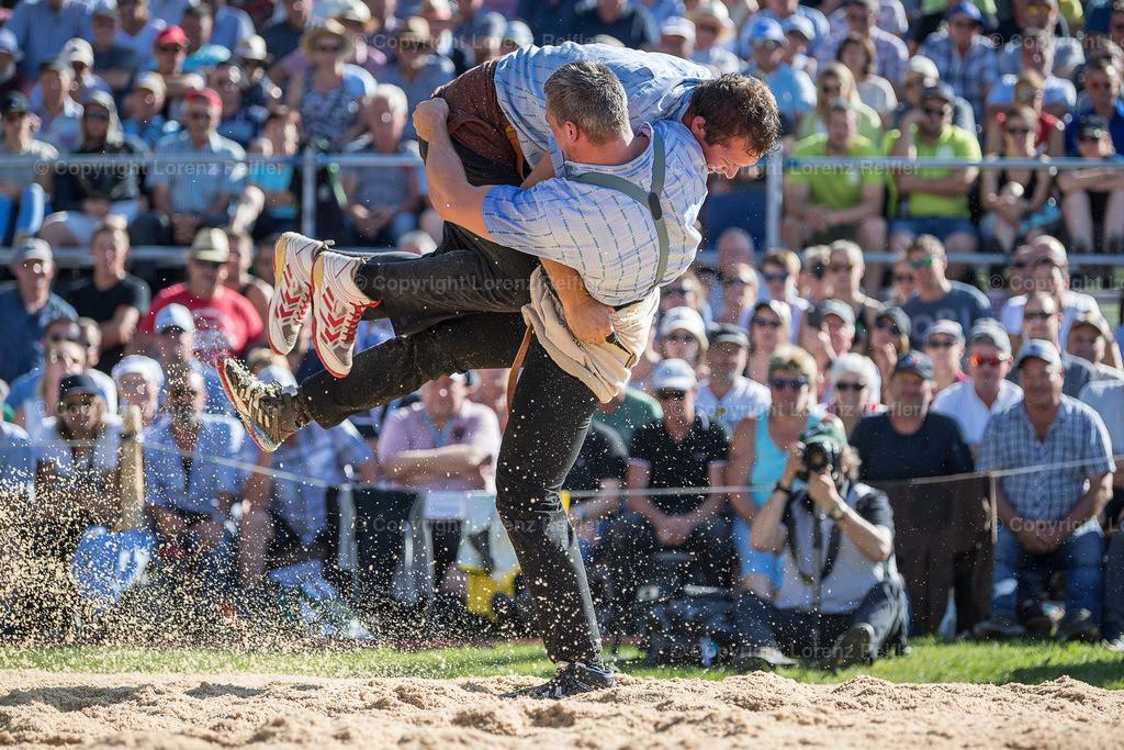 Schwingen -  Schwägalp-Schwinget 2019 | Schwägalp, 11.8.19, Schwingen - Schwägalp-Schwinget. Giger Samuel (Ottoberg) gegen Mathis Marcel (Büren NW) (Lorenz Reifler)