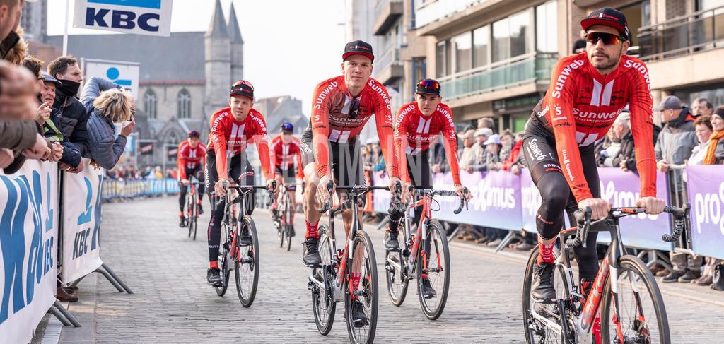 Deinze, Belgium - March 31, 2019: Gent-Wevelgem UCI men elite road cycling event | Deinze, Belgium - March 31, 2019: Gent-Wevelgem UCI men elite road cycling event, Photo: videomundum