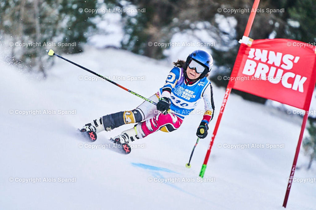 ALS5730_WWMG_GS-II_C | (C) FotoLois.com, Alois Spandl, WinterWorldMastersGames 2020 Innsbruck, Giant Slalom-II Gruppe C Damen, Patscherkofel Olympiaabfahrt, Mi 15. Jänner 2020.