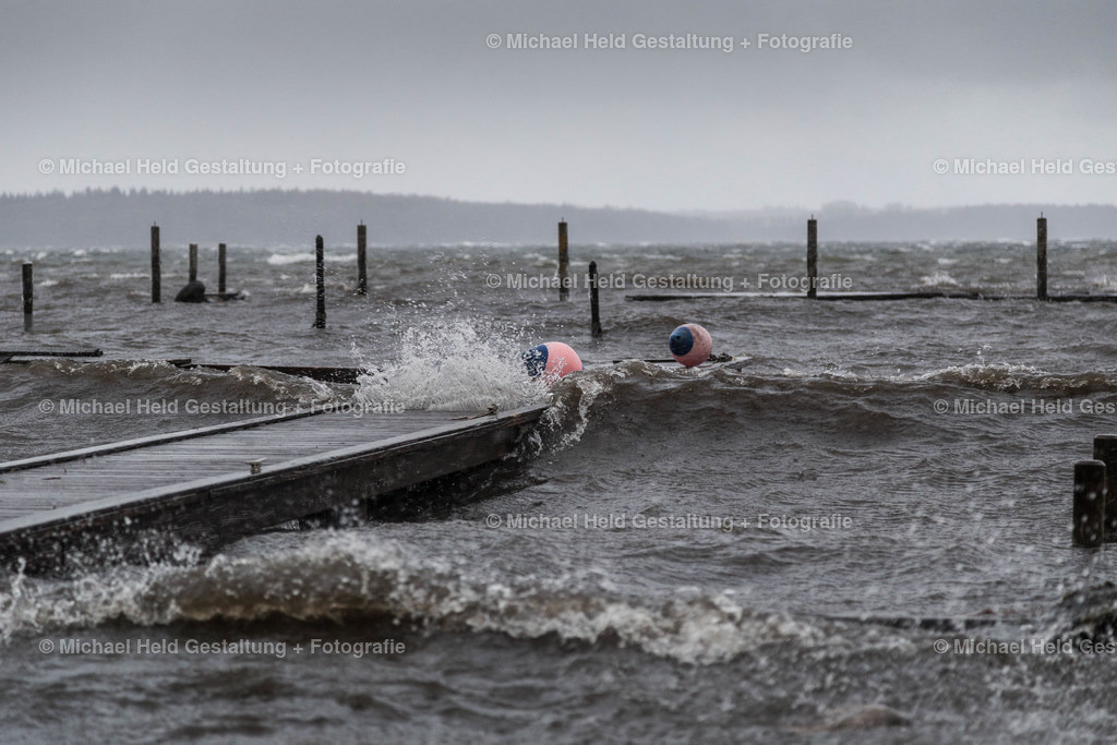 Frühjahrssturm am See | Sturmtief in Grabensee am Selenter See