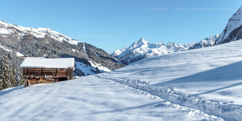 Winterlandschaft Tux Gemais mit Blick zur Ahornspitze