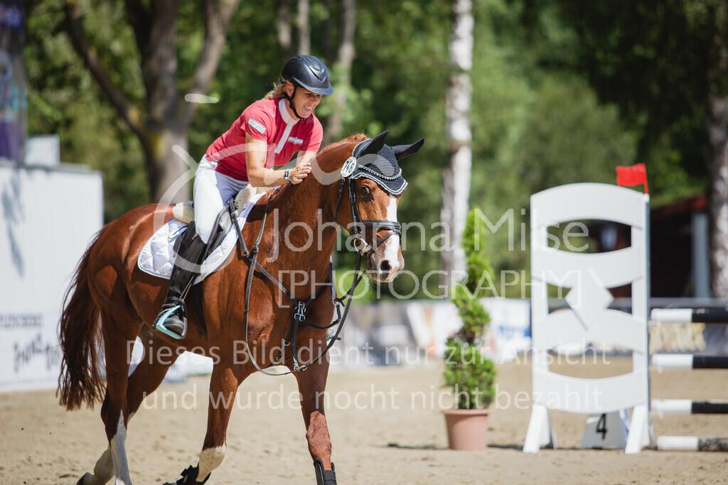 200819_Delbrück_Sprpf-A_2_1-251 | Delbrück Masters 2020 Springpferdeprüfung Kl. A** 4-6jährige Pferde