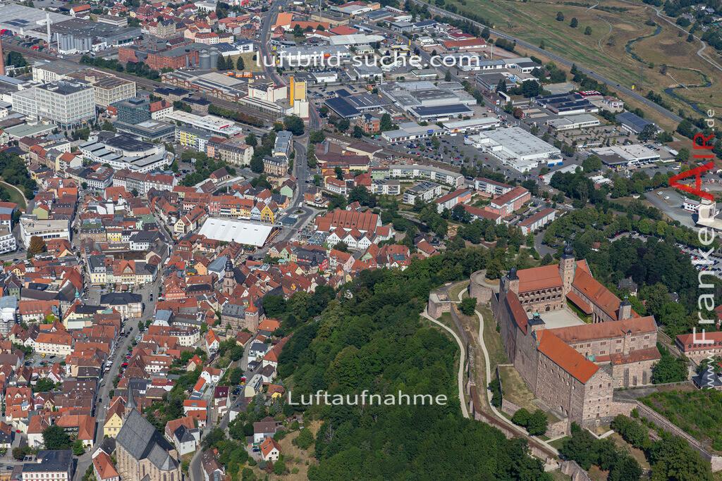 plassenburg-bierfest-kulmbach-19-680   aktuelles Luftbild von Plassenburg-bierfest  Kulmbach - Luftaufnahme wurde 2019 von https://frankenair.de mittels Flugzeug (keine Drohne) erstellt.