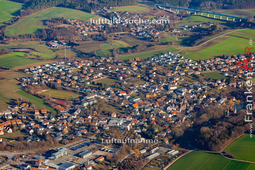 untersiemau-19-310 | aktuelles Luftbild von  Untersiemau - Luftaufnahme wurde 2019 von https://frankenair.de mittels Flugzeug (keine Drohne) erstellt.