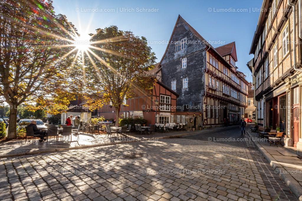 10049-11252 - Im Gegenlicht _ Quedlinburg   max. Auflösung 8256 x 5504